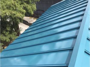 屋根塗装により耐久性が良くなり、安心して太陽光を載せて頂く事が出来ます。